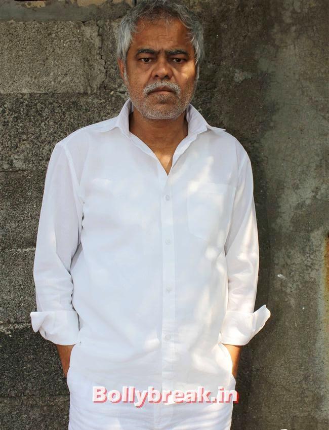 Sanjay Mishra, Pics of Priti Sharma in Hume Toh Loot Liya Film Shoot