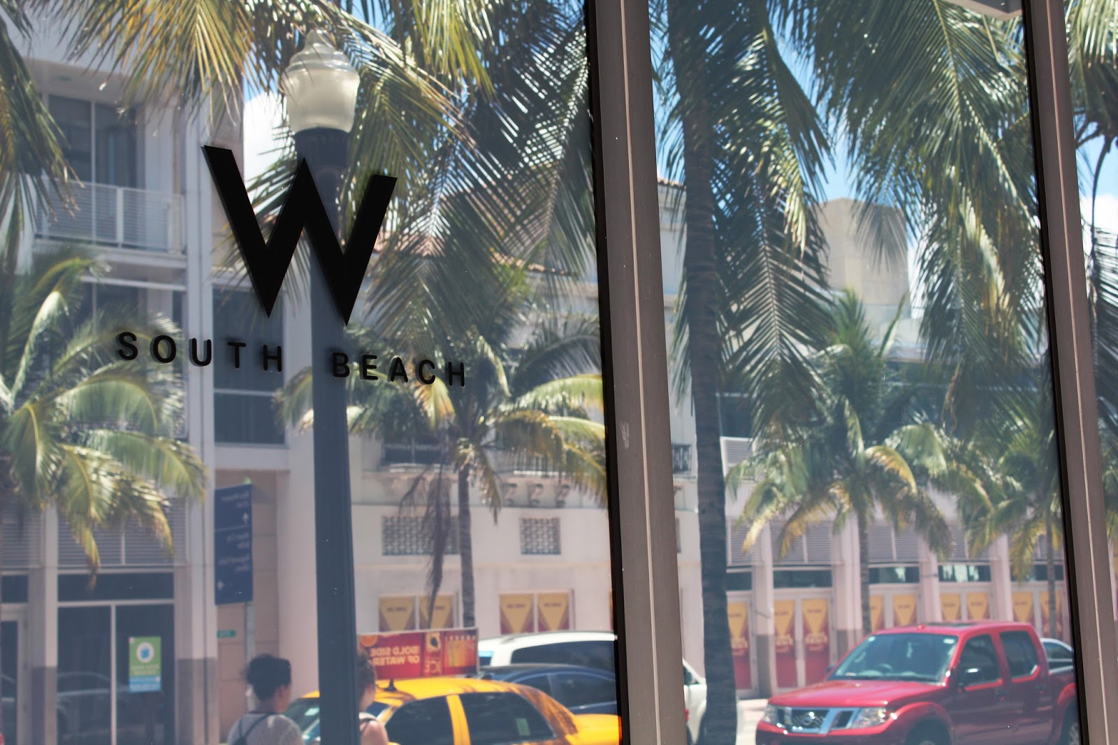 Pamela Victoria en SwimMiami Fashion Week - Hotel W south beach Runway - www.pamela-victoria.com