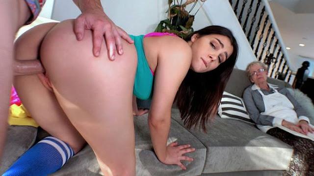 Valentina Nappi - Shows Thick Ass