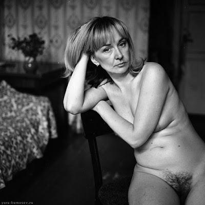 desnudos-mujeres-normales-fotos-negro-y-blanco