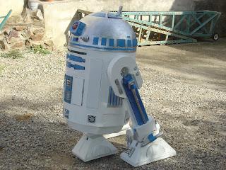 maquette R2D2 echelle 1