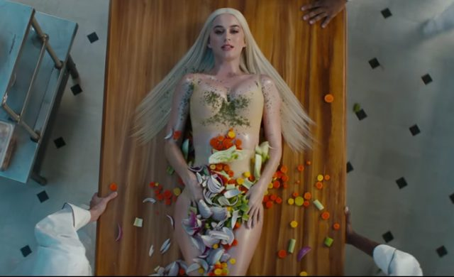 Video: Katy Perry - Bon Appétit (Con Migos)