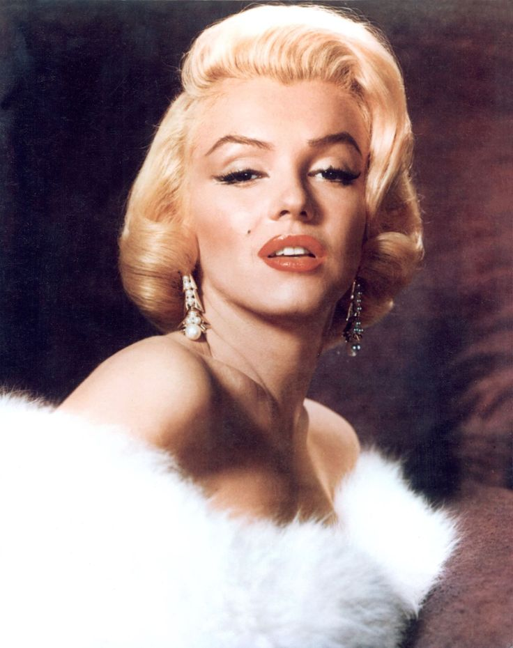 16 Vintage Celebrity Iconic Hairstyles That Are Still On