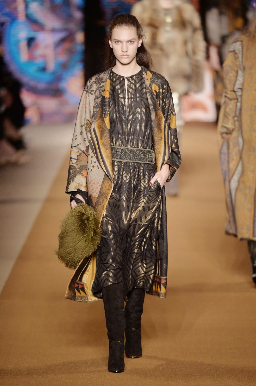 Etro Sonbahar Kış Etnik Desenli Kıyafet Koleksiyonu