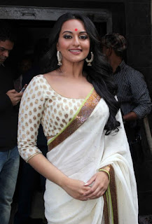 Bollywood Actress Sonakshi Sinha Pictures In Transparent White Saree (6)