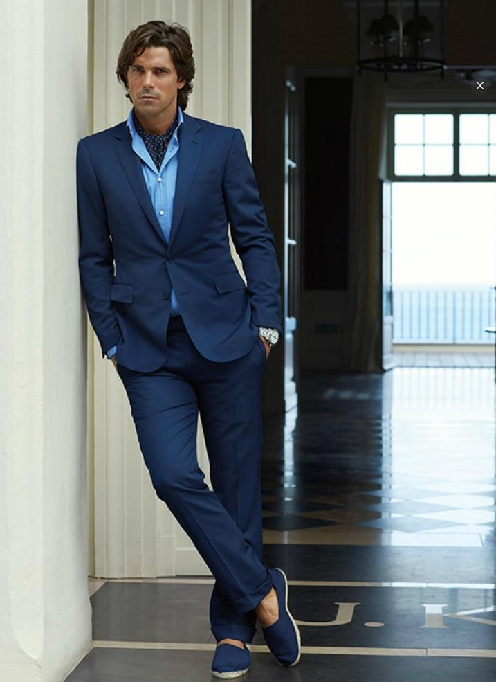 0b7d2cc69c82b Diga Hola a la mejor estación para los complementos - Suits   Shirts