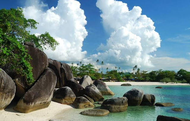 Pantai Tanjung Tinggi Belitung, destinasi belitung, wisata belitung, pulau belitung