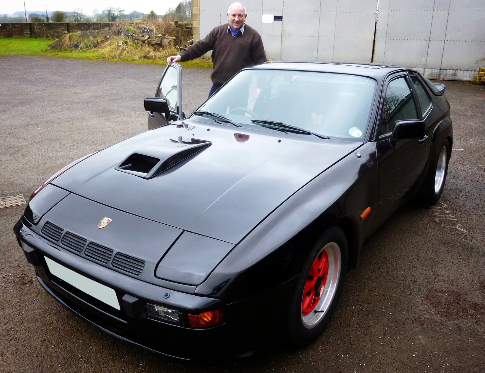 Veloce publishing automotive stuff me and my carmotorcycle no it is a source of great satisfaction to be the lucky owner of an original carrera 924 gt one of the rarest of porsche products most of the marques cars fandeluxe Gallery