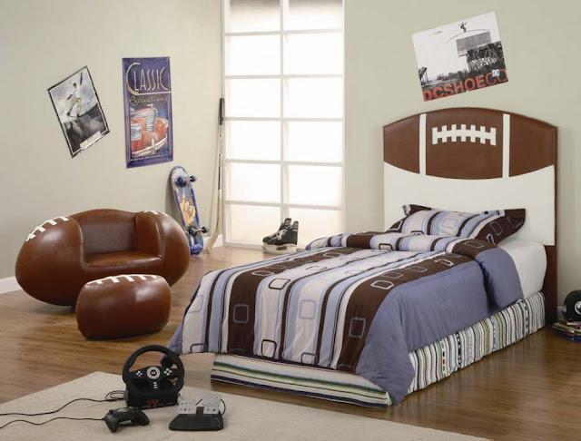 Superb Football Bedroom Decorating Ideas Home Interior And Landscaping Palasignezvosmurscom
