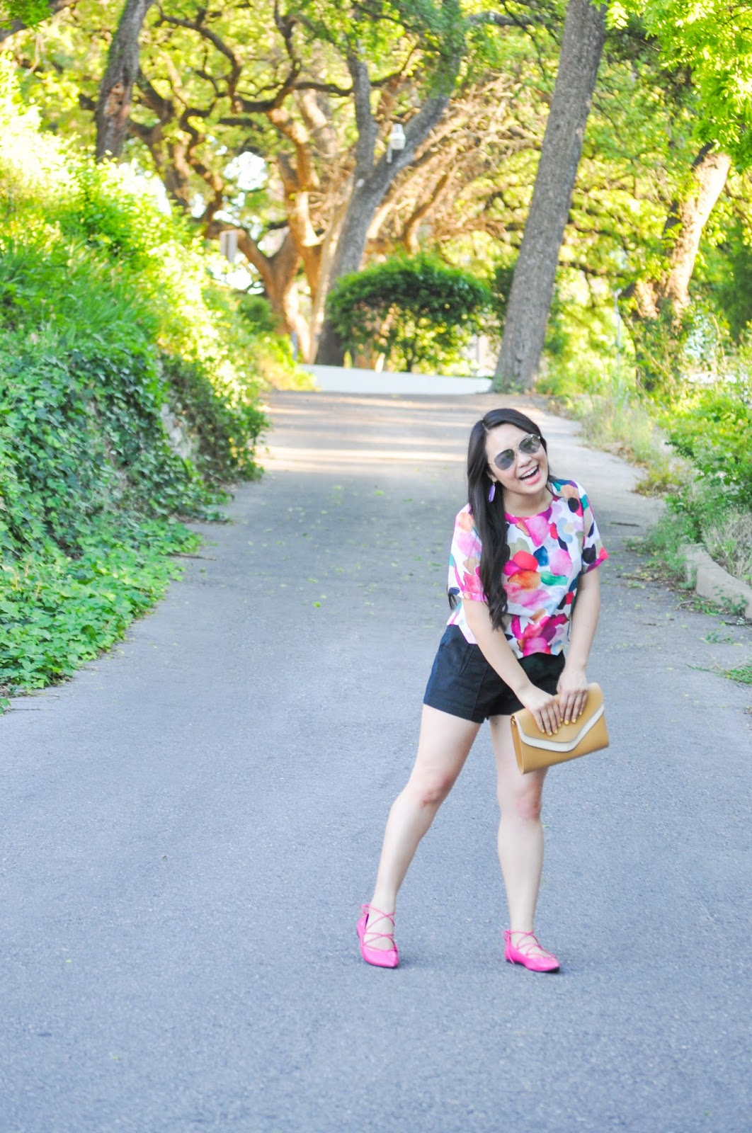 3 Reasons to Wear a Colorful Printed Top | www.thebellainsider.com