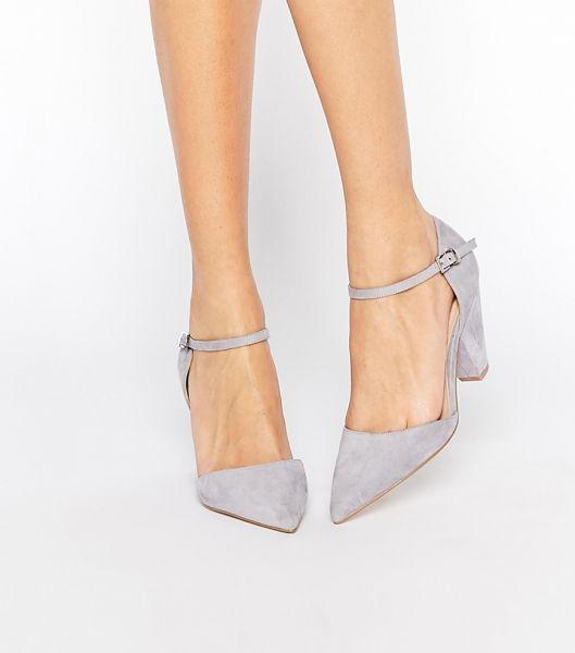 Hermosos zapatos de novias | Colección Low Cost