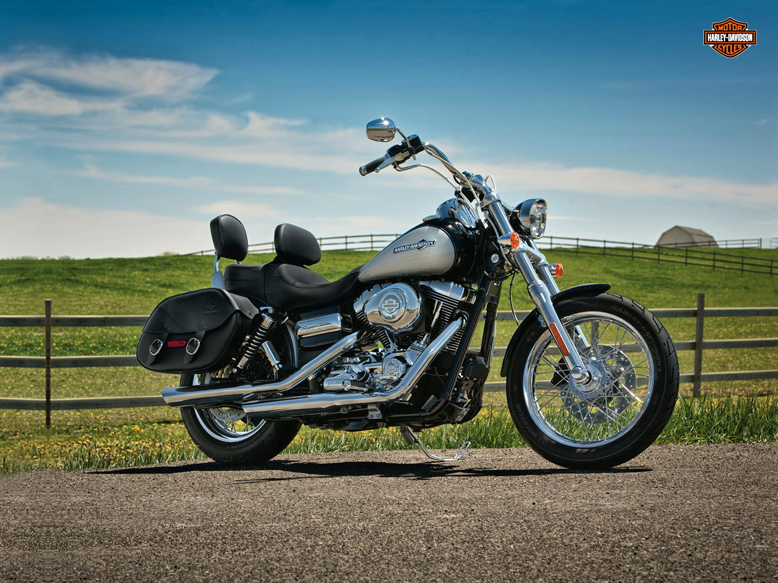 Harley Davidson Pictures 2012 Fxdc Dyna Super Glide Custom: Harley-Davidson Pictures. 2012 FXDC Dyna Super Glide Custom