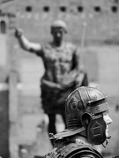 Legionario Derecho romano
