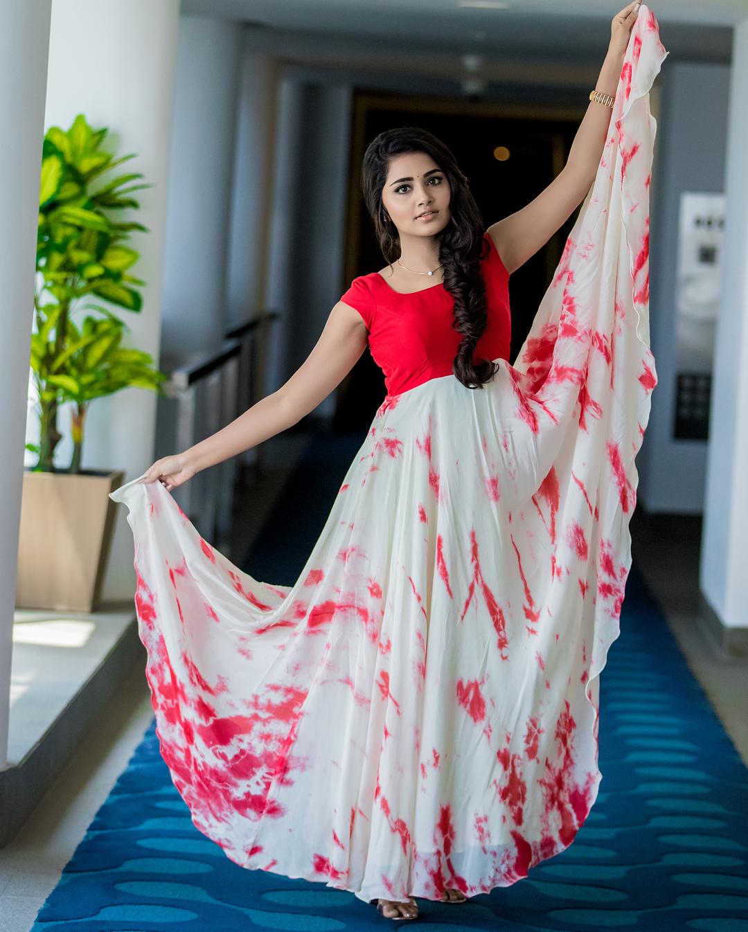 Anupama Parameswaran wearing Clothes designed by Asmitha and Madhulatha