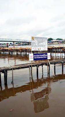 Pembangunan Water Fron Sungai Kapuas Terkesan Asal Jadi