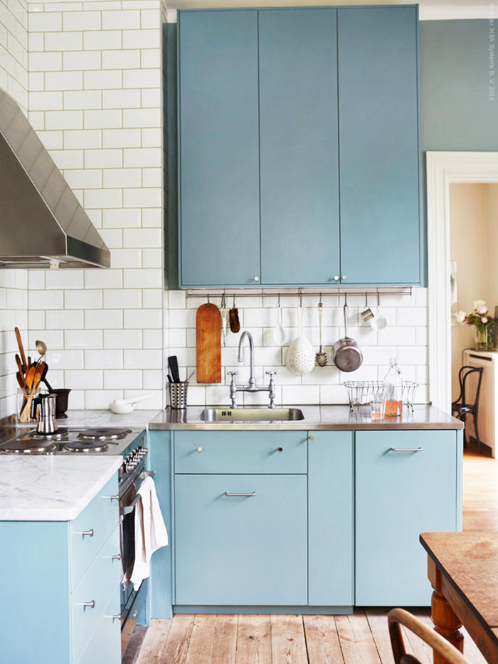 ikea blue kitchen cabinets 5 cool new decorating tricks from ikea poppytalk 17552