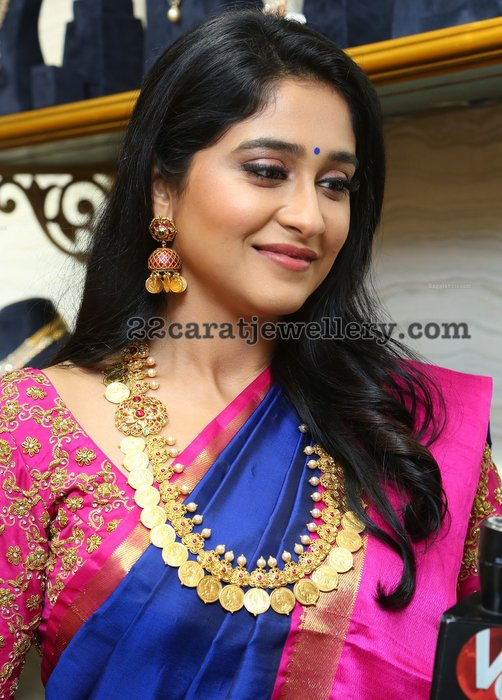 Regina in Traditional Kundan Kasu Mala