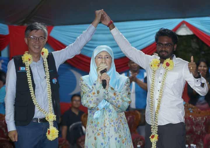 Anak Muda Ini Pecah Rekod Najib Razak Sebagai Ahli Parlimen Paling Muda
