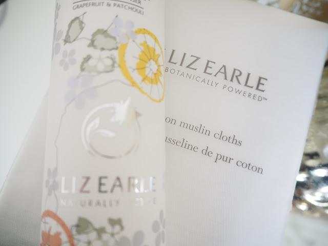 Liz Earle  Cleanse & Polish Hot Cloth Cleanser Grapefruit & Patchouli Limited Edition