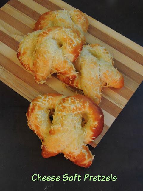 Cheese Soft Pretzels, Soft Pretzels with cheese