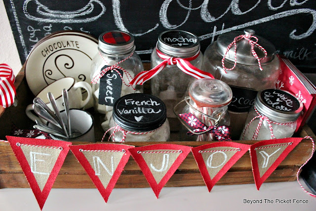 banner, burlap, cocoa station, enjoy sign, mason jars, Target,https://goo.gl/U8dcWx