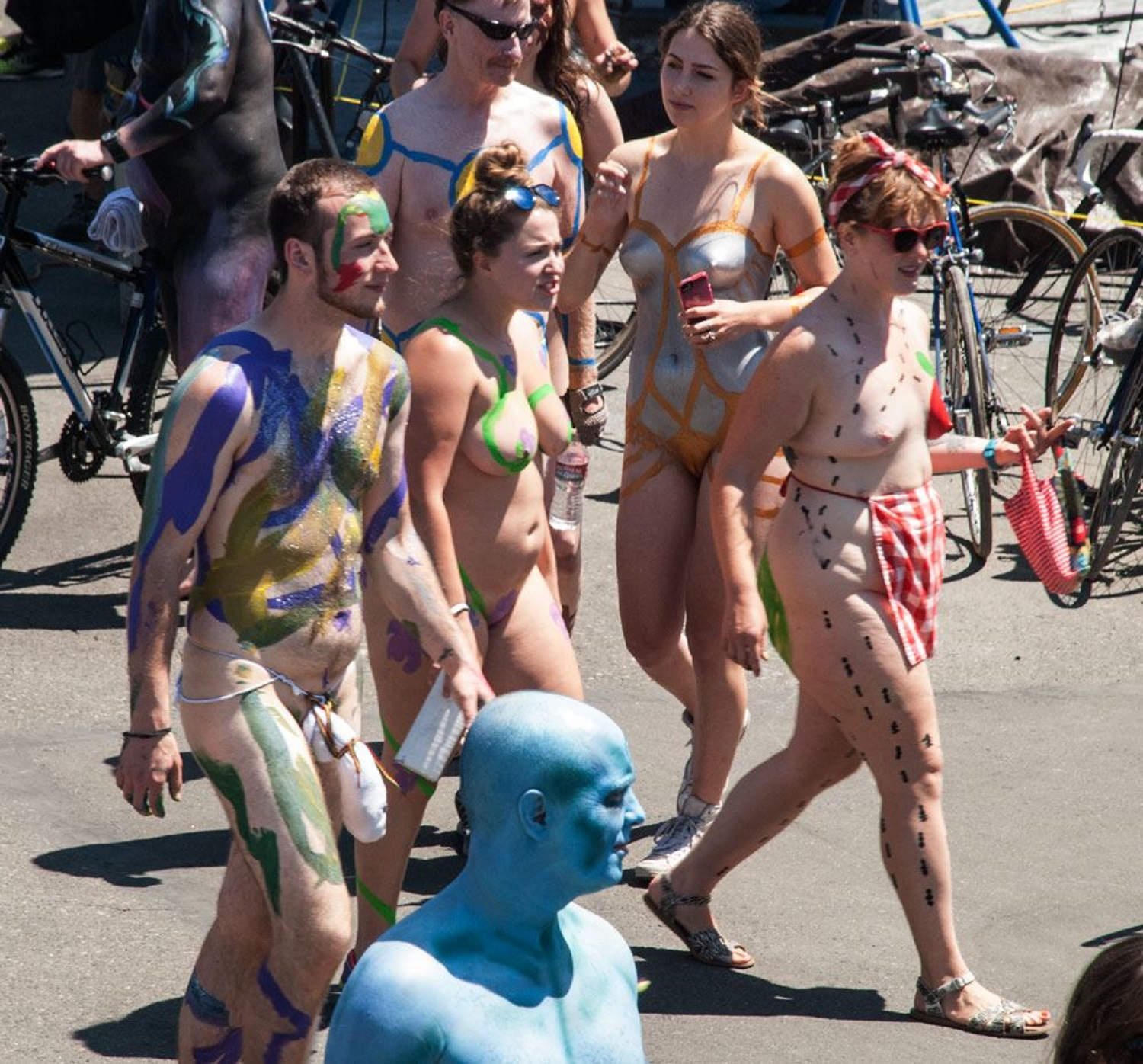 naked people at fremont solstice parade