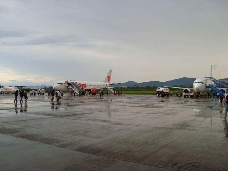 BANDARA INDONESIA: Bandar Udara Haluoleo