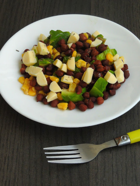 Cheese & Chickpeas Salad