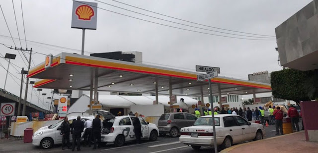 La empresa extranjera Shell abre su primera gasolinera en México