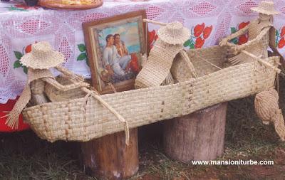 Artesanías hechas con Fibras Vegetales en la Región del Lago de Pátzcuaro