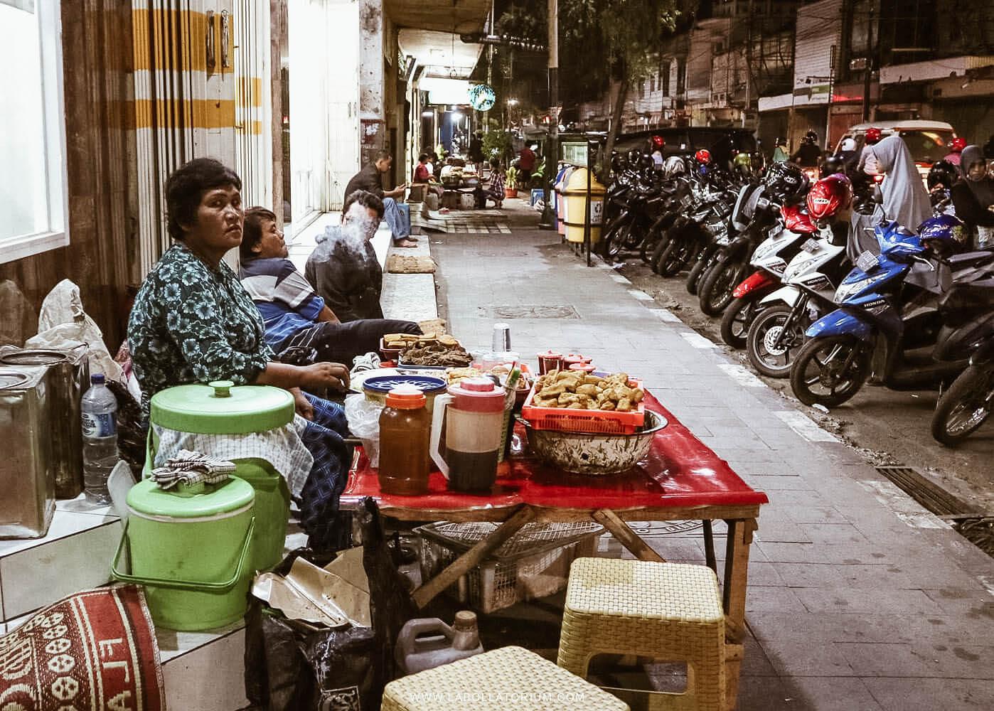 Penjual Pecel di Kediri - 7 Tempat Recommended Saat Explore Kediri Circa 2017