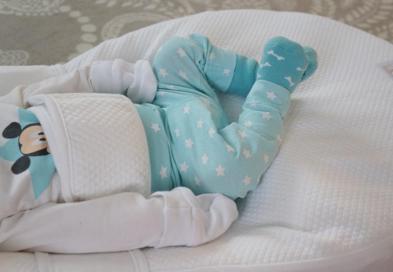 Vauvan Nukkuma Asento