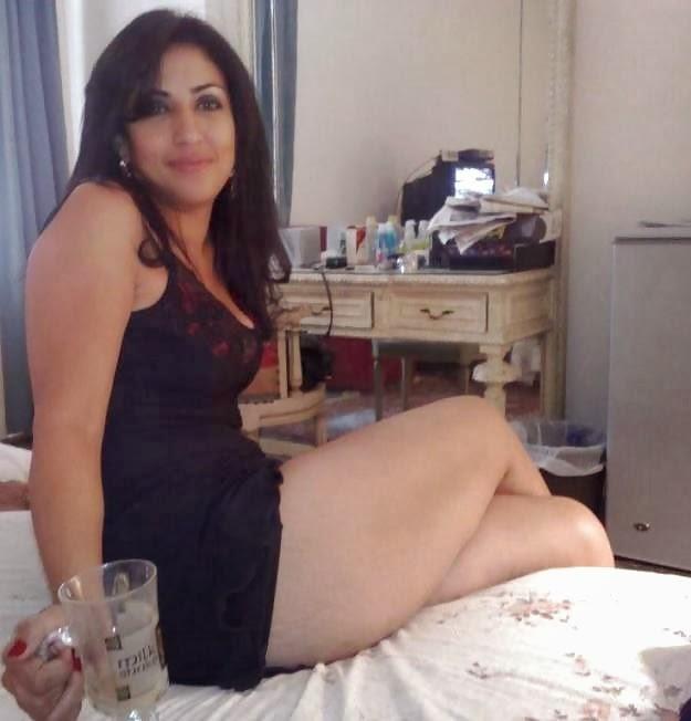 Arab Women Naked 9