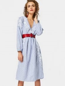 I am sharing with you Four MIDI DRESSES from Zaful that you can rock this fall. I adore all of these dresses, but my favorite has to be the red eyelet dress. It is so pretty, right? And very affordable too.