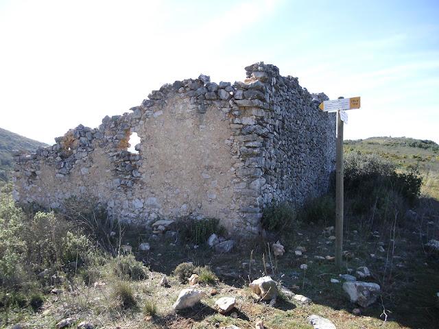 Corral/casa dels nevaters de Don Miquel