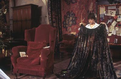 Хари Потър и мантията невидимка - Хари Потър и философският камък