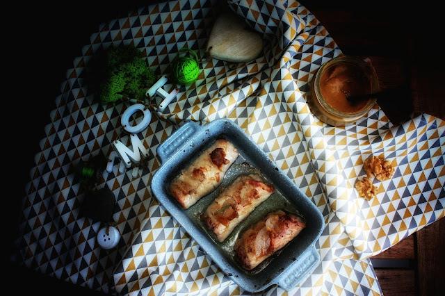 Involtini di lonza con lardo, frutta secca e noci