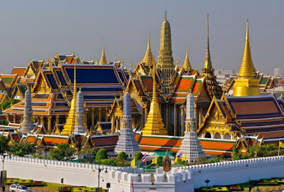 Melancong Ke Thailand Chapter 2: The Holy Saturday