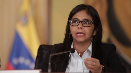 Caracas rechaza autoentrega de presidencia de Unasur por Argentina