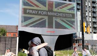 Αυτές είναι οι ταυτότητες των θυμάτων της επίθεσης στο Μάντσεστερ