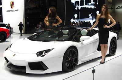 Lamborghini Aventador: LP 700-4, lp750-4 Roadster