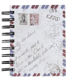 Una libreta viajera es un detalle original y barato para tus invitados