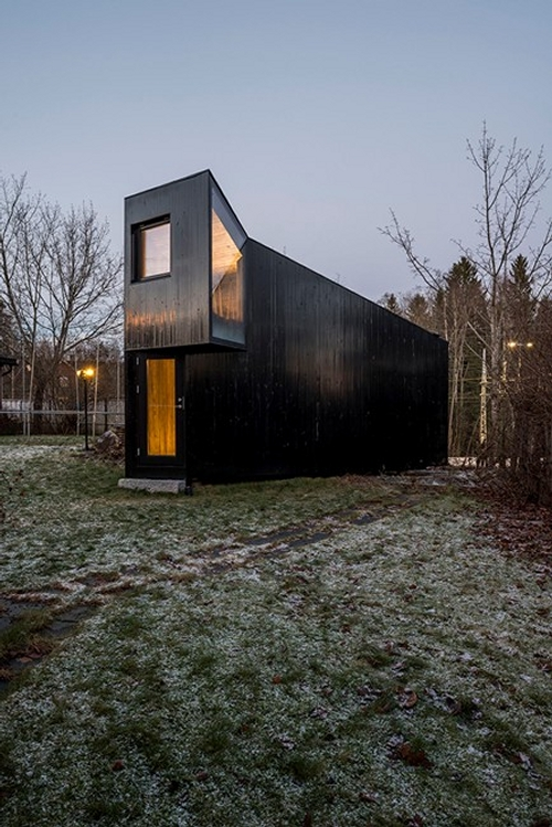 04-JVA-Micro-Architecture-with-the-Writer-s-Cottage-www-designstack-co