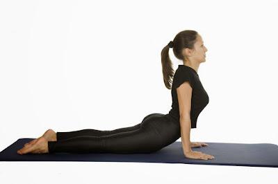 trị thoát vị đĩa đệm với yoga