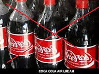 Coca Cola = Air Ludah, Ini Penjelasan Lengkapnya!