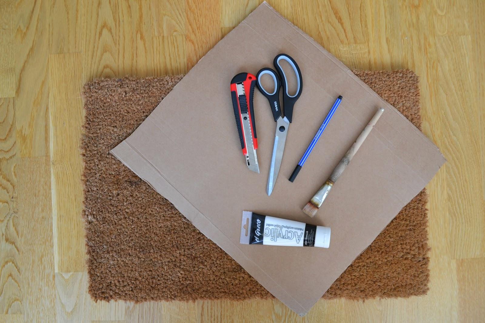 jurinde macht was diy fu matte selbst bemalen. Black Bedroom Furniture Sets. Home Design Ideas