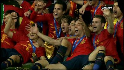 Informe Robinson: El Año En Que Fuimos Campeones Del Mundo (2010)