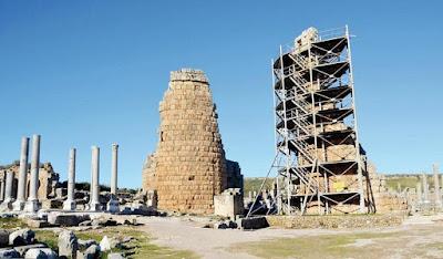 Υψώνονται ξανά οι πύργοι στην αρχαία Πέργη