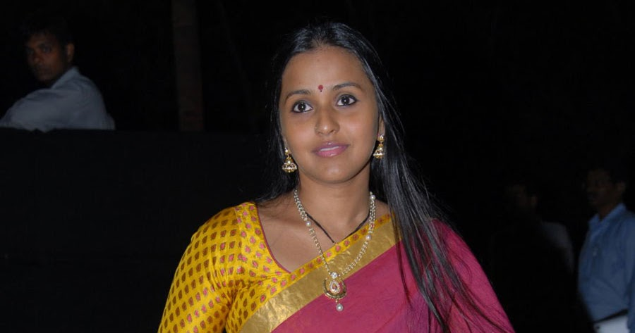 blog6: Pop Singer Smitha photos at Ishana Album launch