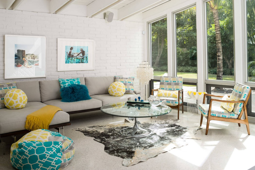 Turquoise and yellow accent colors